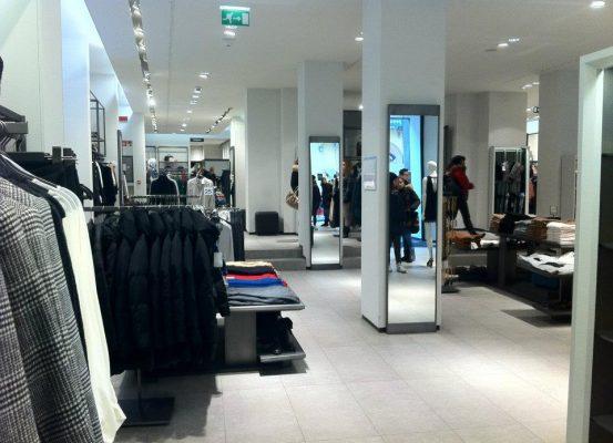demolizione_da_banca_a_negozio