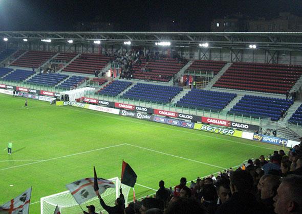 Lo stadio di Is Arenas