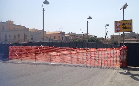 ponte Calafatari Siracusa chiuso