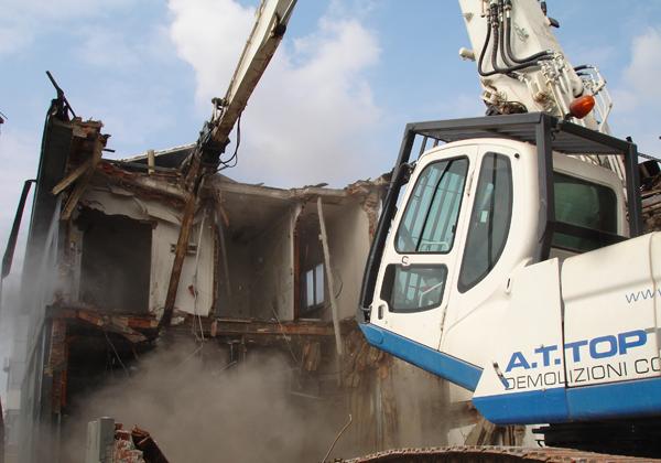 Sentenza demolizione edifici